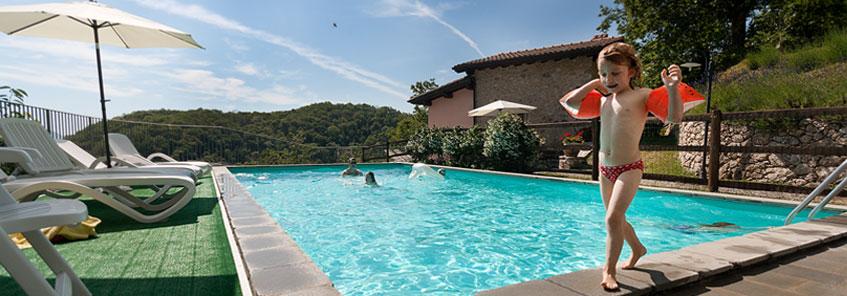 Agriturismo in garfagnana lucca toscana con piscina e - Piscina parco della pace pesaro ...